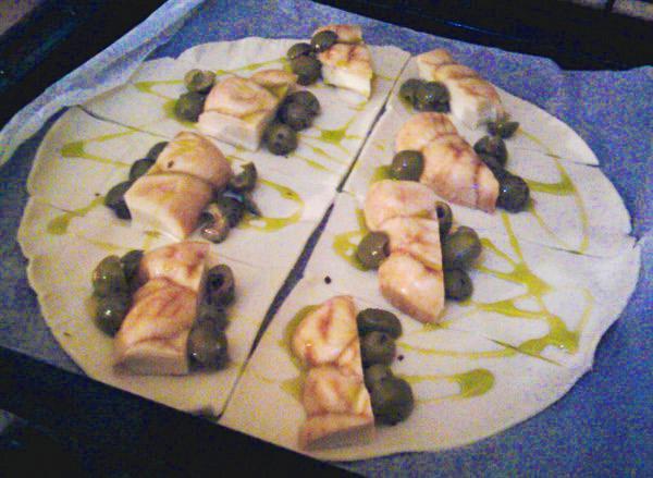 Fazzoletti scamorza e olive